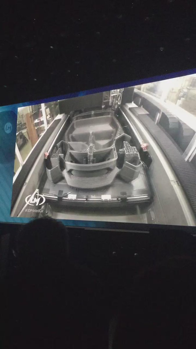 See a 3D printer printing a car #Analyticsforall #ibminsight https://t.co/xM86ja7Vkr