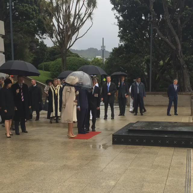 Prince Charles & Duchess of Cornwall arrive at Pukeahu National War Memorial. #RoyalVisitNZ https://t.co/mHN7MT0Lhp