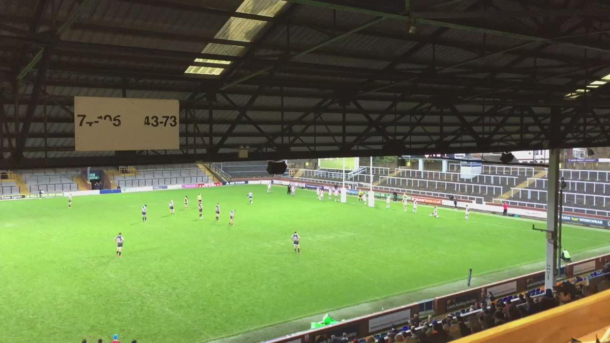 Kevin Sinfield's first points for Yorkshire Carnegie makes it 27-10 with 9 mins to go https://t.co/uj6SAzkNJU