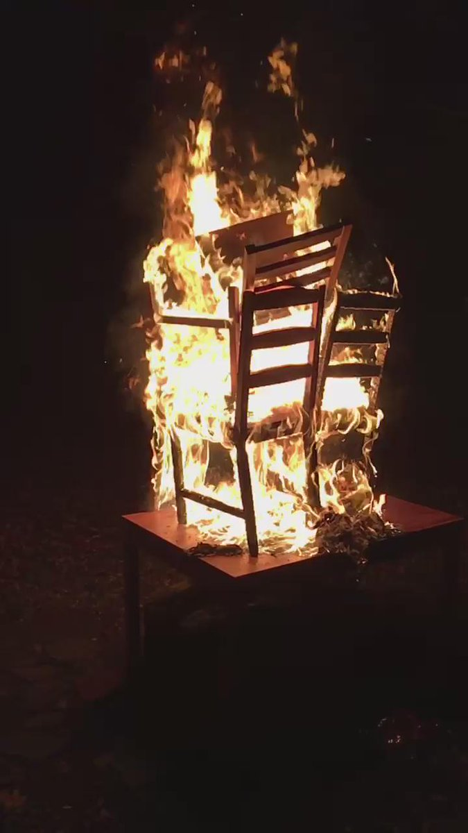Could you watch your table burn https://t.co/t6ENPQmlgd