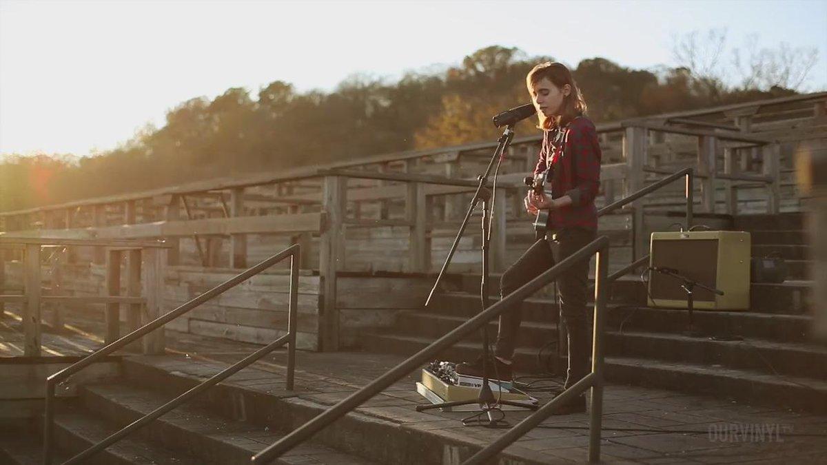 Sprained Ankle, Julien Baker's new LP's title track = today's vid! Full vid @ https://t.co/XpCIvZ27YD @julienrbaker https://t.co/00fXKNMylg