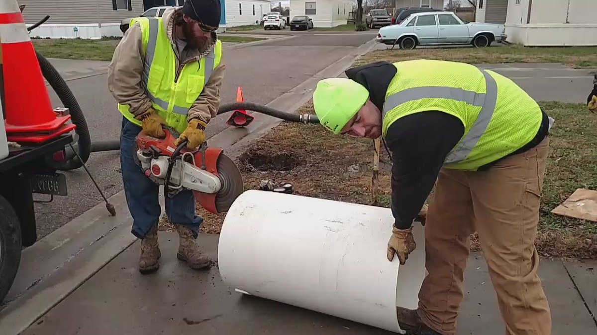 Using a concrete saw to make the hole in the new box bigger to fit two meters. #topekatweetalong https://t.co/gCt8VMrpwy