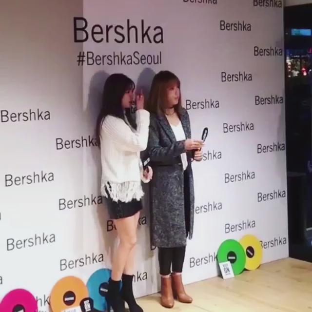 새로 오픈하는 버쉬카 홍대 매장에서 만난 포미닛 현아와 지윤!  #Bershkaseoul #fashion #bershka #store #open