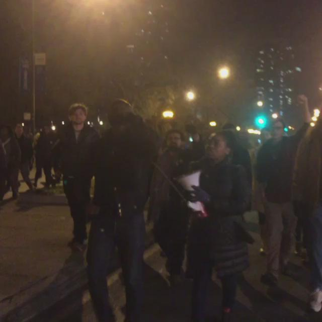Michigan Ave taken!!! #JusticeForLaquan https://t.co/VtfZfS06z2