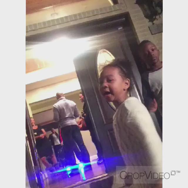 When your lil cousin Dabb is lit. #ThanksgivingWithBlackFamilies https://t.co/PkE3a64xsr