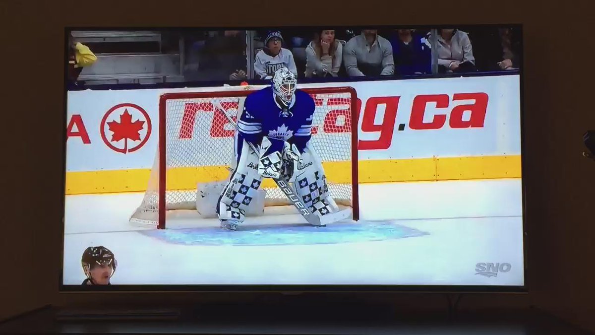 I am always amazed by how young goalies do things. Watch Sparks get up at the end. Does he know how to breakdance!! https://t.co/q3d9ihee9s