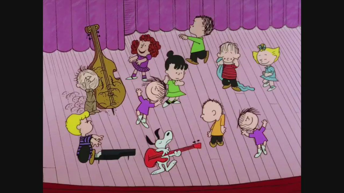 We've got just the thing to get you in the holiday spirit - PEANUTS! Share with your whole gang and #SendCheer today https://t.co/0m04baW2fn