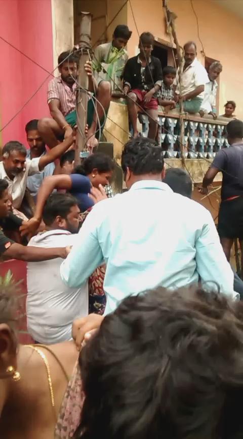 கிட்ட தட்ட 200 பேர்களை மீட்டோம் #ஜாபர்கான்பேட்டை #ChennaiFloods https://t.co/PouSUUP8Ox