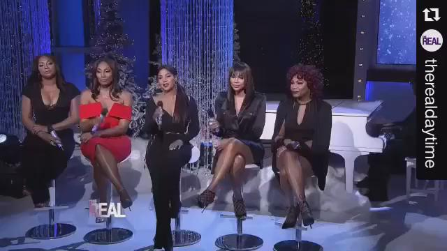 Tune in Tomorrow @TheRealDaytime We are (The Braxton Sisters) bringing it to ya for the Holiday Season....Boom https://t.co/Nq09HofcO6