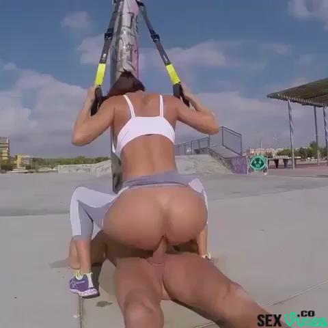 @osquieroatodas @UnleashedXXX @R_sidney_V @PornBabesStars @Mooiman02 @sexx_freak @Porno_Gifs_Pics @PornoMexico2  https://t.co/bxzhuMPPLa'