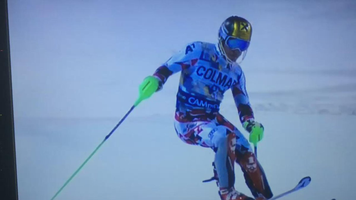 Camera drone nearly splats Marcel Hirscher in Trentino slalom live just now on Eurosport! #skiing #whathappenednext https://t.co/SM4o8mDWej