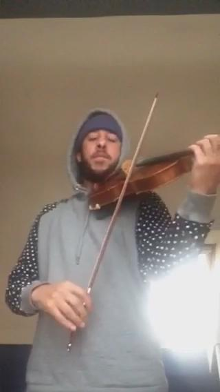 playing Future Rich Sex on the violin...literally the first time i played it...:) #Futureviolin https://t.co/s6pwg2KlgZ