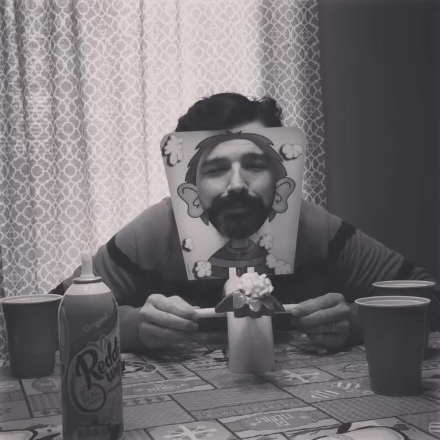 Pie time @tomofromearth #pieface https://t.co/L7Zy3CEX1t