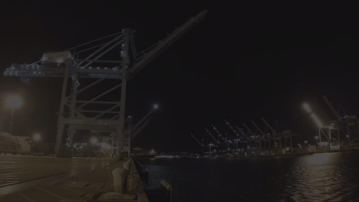 View a time lapse video of the arrival of the CMA CGM Benjamin Franklin. #BenjaminFranklinVisitsLA #PortofLA https://t.co/IVmHffqsIu