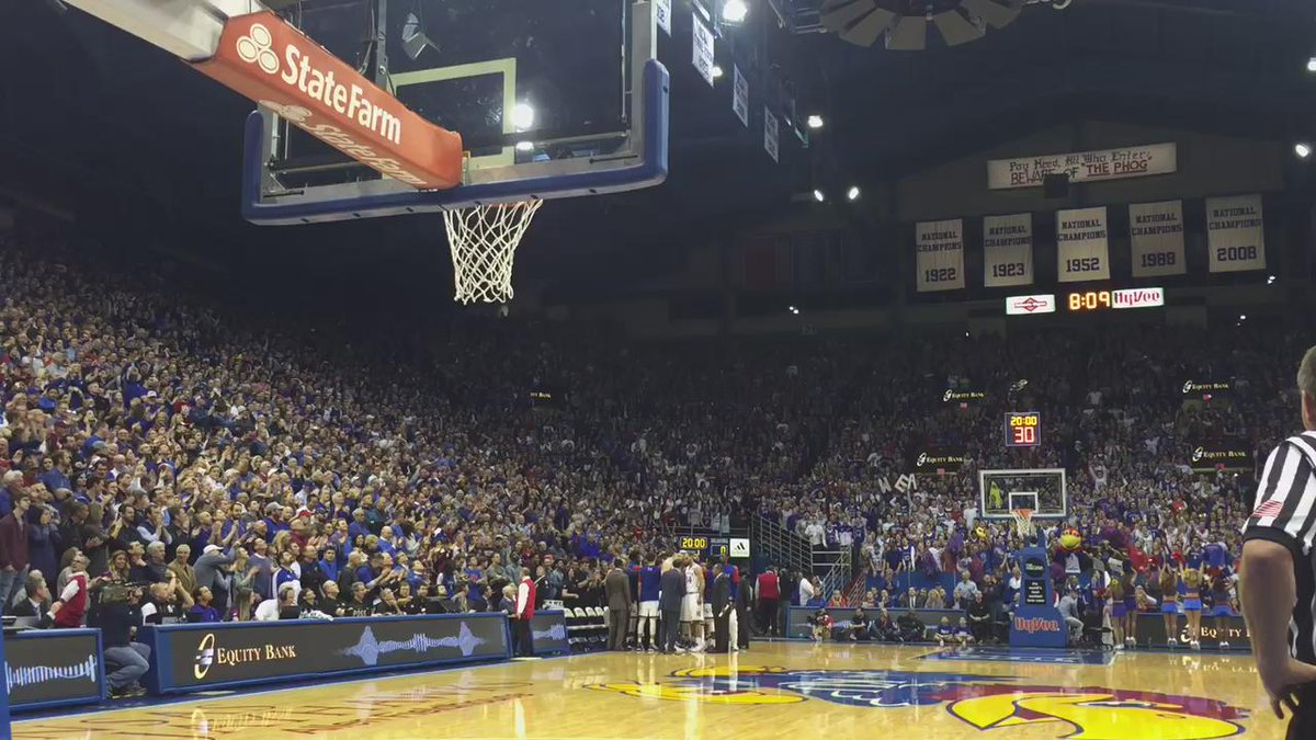So, yeah. It's loud. #KUbball https://t.co/SKhggIfEoD