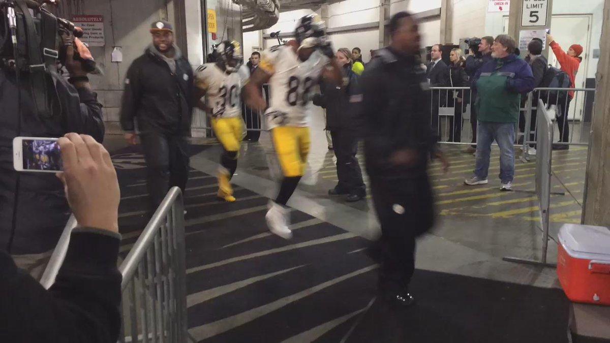 Who Dey? #Steelers https://t.co/Qi7FE2OisX