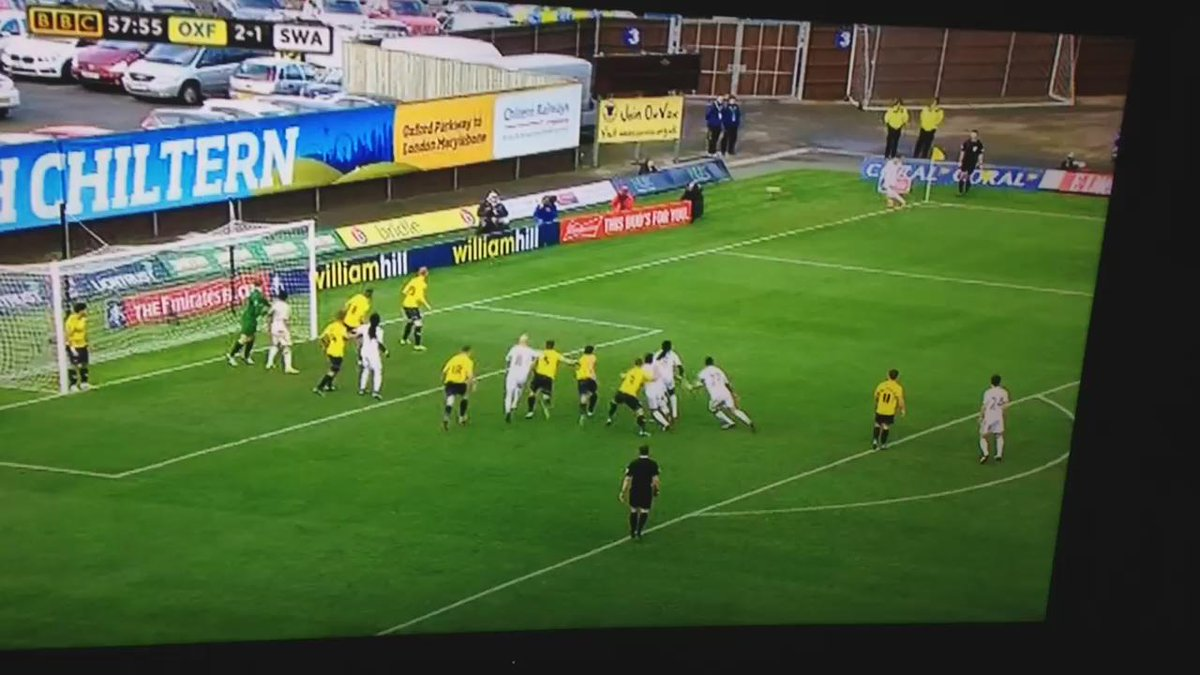 Corner to scenes. #oufc https://t.co/PRGj9ax6o0