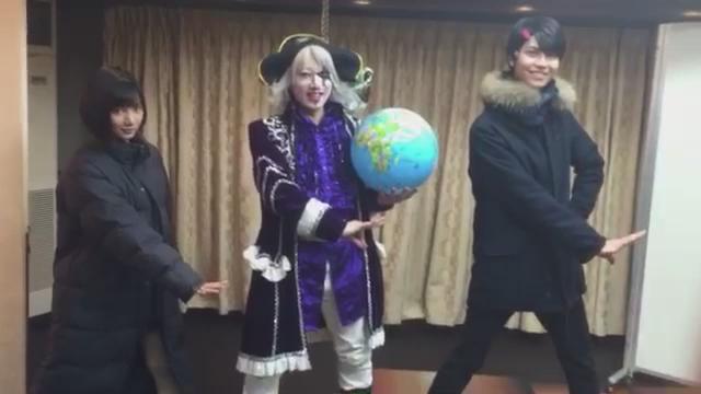 NO MOREイベント泥棒コーナーにサプライズ出演されたゴー☆ジャスさん&シロニンジャー矢野とスターニンジャー多和田による夢のコラボ♪ 願えば叶うもんやな〜て思いました。 矢野ちんとパクり続けててよかったーーー!!!(笑)