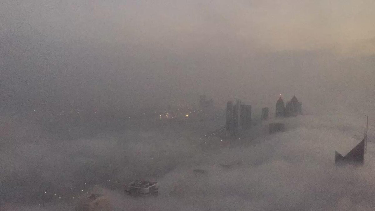 A time lapse of this mornings #fog in #AbuDhabi https://t.co/SI4XUifJsp