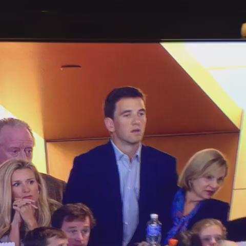 TFW when the *one* thing you had over your brother disappears into thin air #SB50 #EliSoSalty https://t.co/3mC3AtXJUN