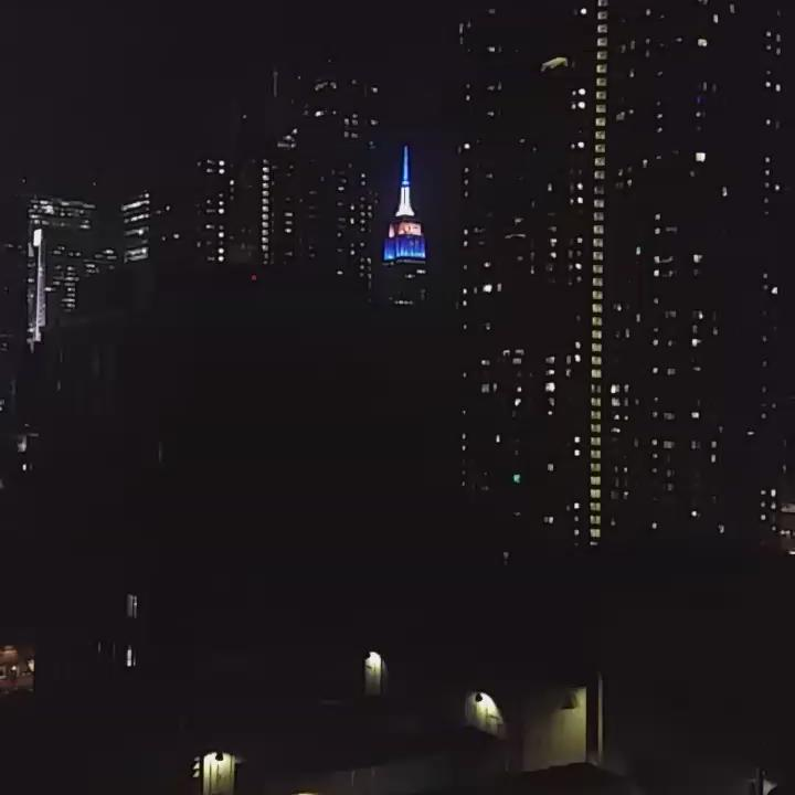 Empire State Building calling it for the Broncos. https://t.co/J7pLjdn3v9