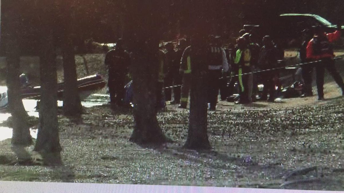 Car pulled from lake at Memphis apartment complex appears to be empty. @MMoon_WREG3 is on the scene