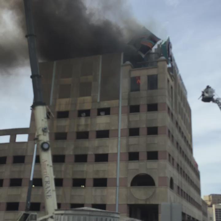 Fire inside Rivercenter parking garage KSATnews