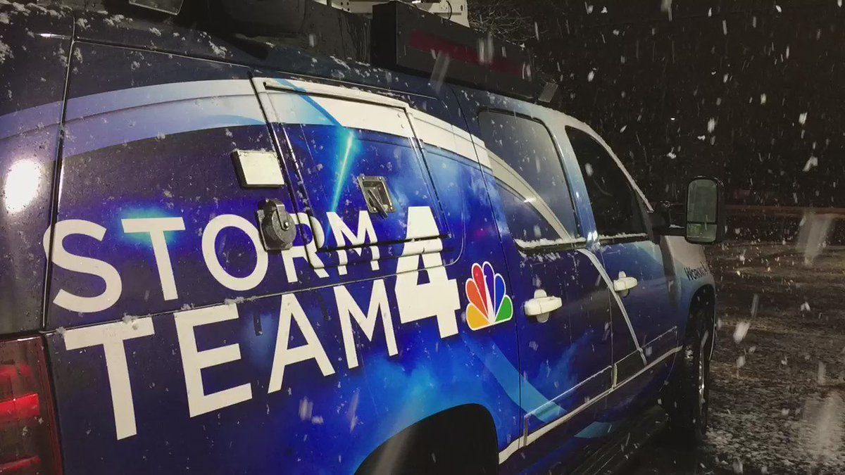 I'm live StormTeam 4x4 tracking SNOW this Tue AM NBC4DC I shot video 4:15am Montgomery Co