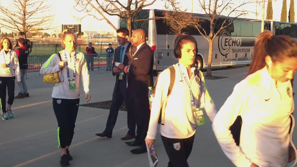 Hope Solo & other members of the @ussoccer_wnt make their way into @ToyotaStadiumTX for tonight's Olympic Qualifier.