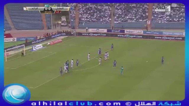 RT @yy_065: حي الصباح الي مساءه الهلال ..💙 6:35 🕠 #صباح_الزعامه  #الهلال_الرائد https://t.co/Qvy7zCdgXN