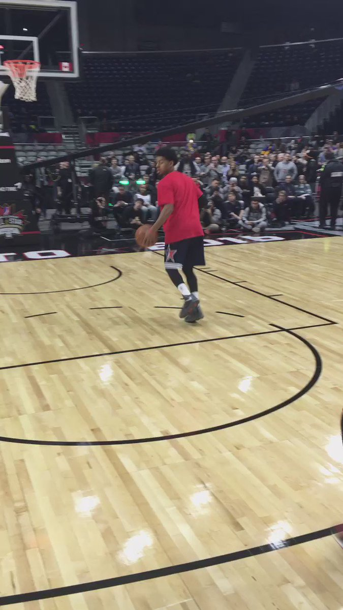 The best dunk contest I've ever seen. John Jordan ladies & gentlemen.