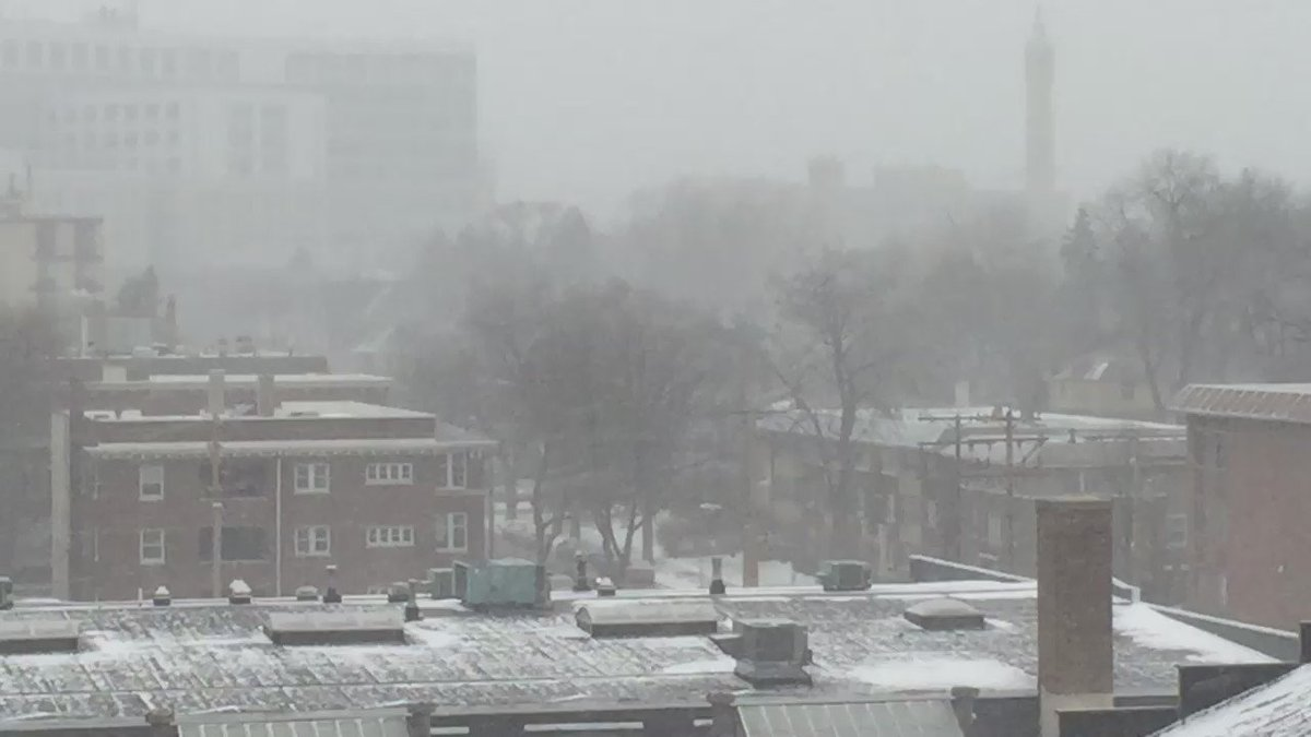 Snowy with low visibility in Milwaukee @WISN12News
