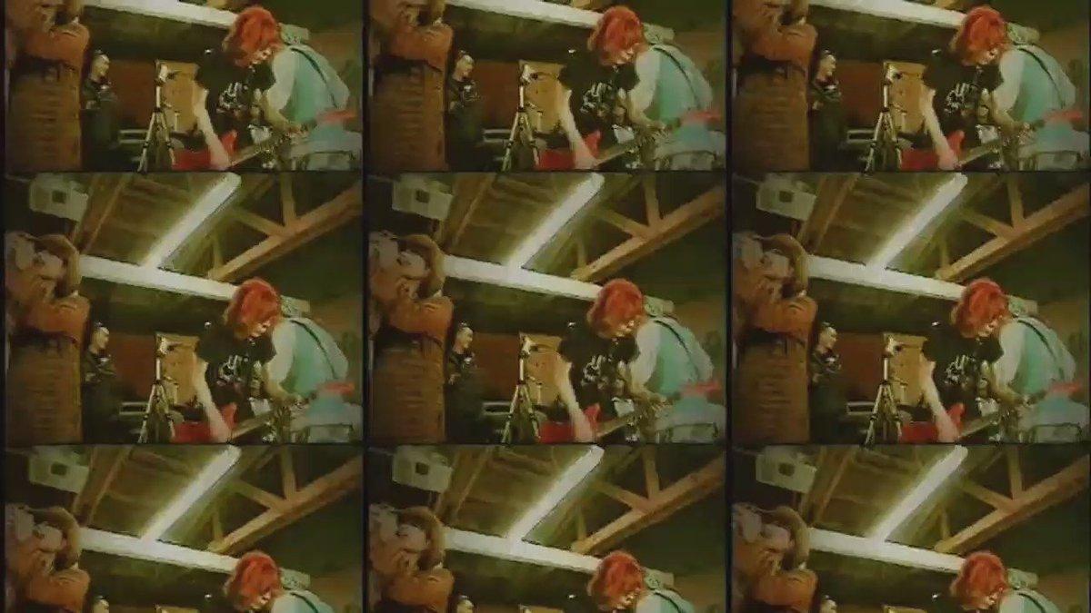 技術はここまで進化しました! X JAPANのギタリスト「HIDE」が、最新の音声合成技術によってしゃべってコンシェルに登場!ヘッドワックスさん全面協力のもとキャラプレゼント中です! https://t.co/VNAVlA00K7 https://t.co/hshEw2X09c