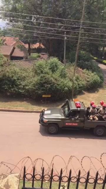 This afternoon, military police started arresting people outside my residence. I am yet to find out why. https://t.co/uIjcDIuR6E