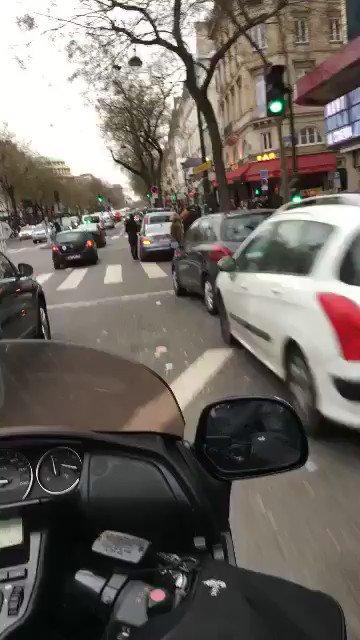 Quand Mamadou Sakho croise Blaise Matuidi dans les rues de Paris !