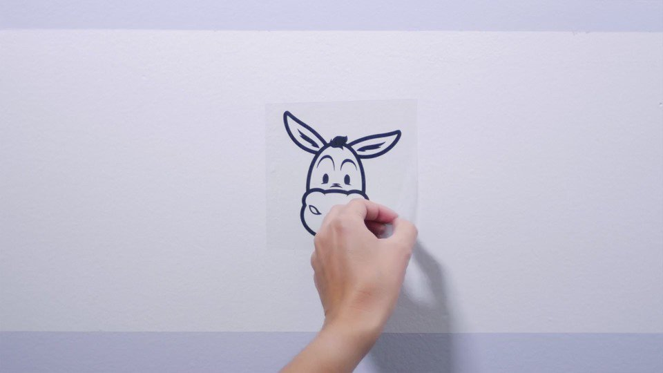 Learn how @stickermule uses video to help their customers order vibrant custom stickers: https://t.co/I6lBG4IqYO https://t.co/XUpiDuc6MF