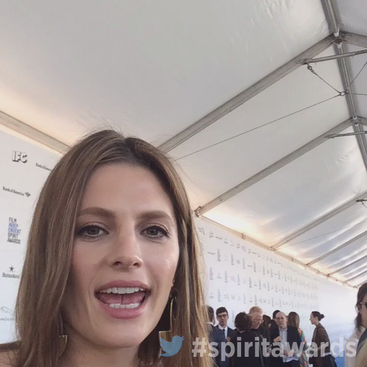 .@stana_katic wanted to say hi to the fans from the #spiritawards! https://t.co/ypgU5aX2Uh