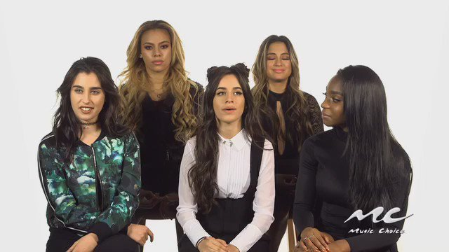 """That time @camilacabello97 revealed some secrets about @FifthHarmony's new album cover for """"7/27."""" #5H #Harmonizers https://t.co/xAGVL1JqEg"""