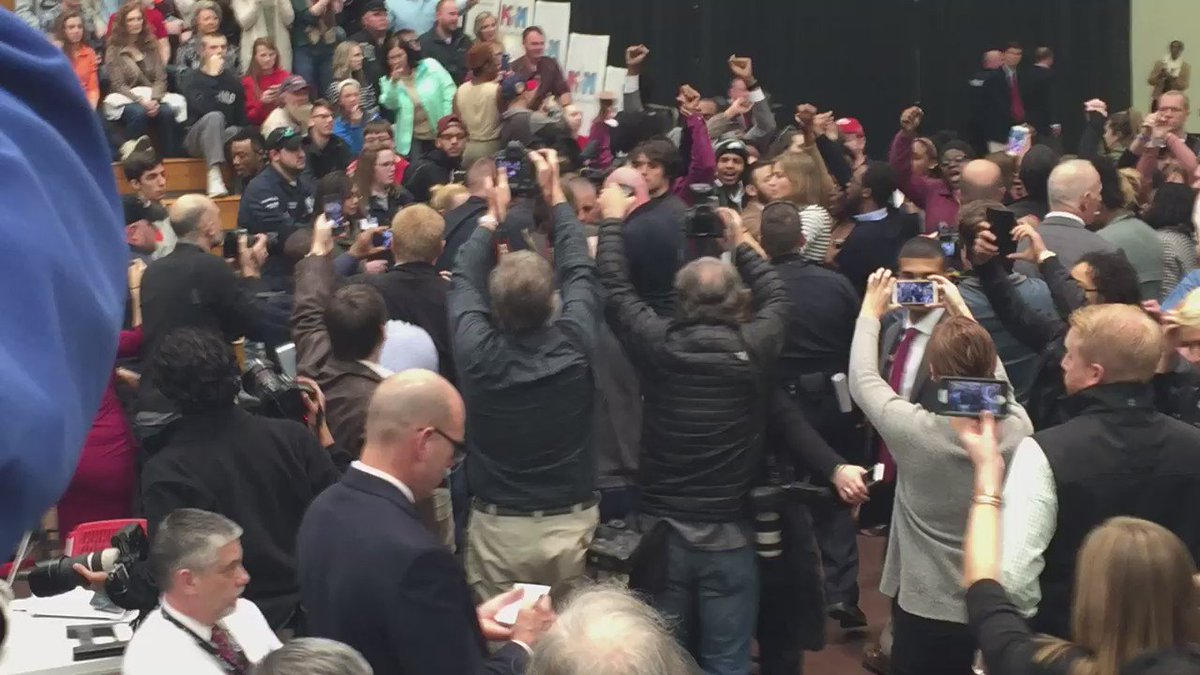 Within a minute of dozens being kicked out of Trump rally another person is kicked out. This is video of the group https://t.co/4JKEY6pVbD