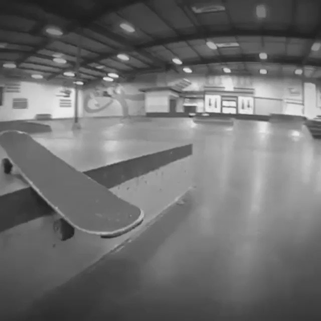 Daffy combo. Gazelle Variation. Kilian Martin - Kills Screen. @berrics @PowellPeralta https://t.co/TMt6JdGQil