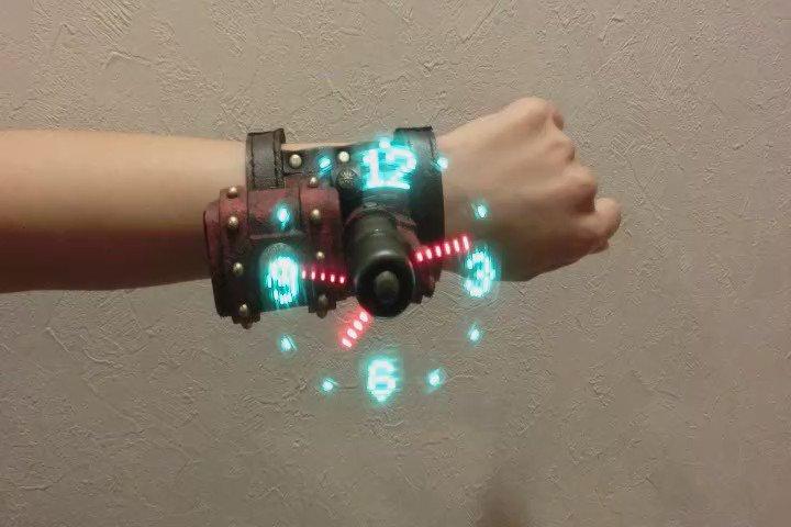 3月12,13日『日本蒸奇博覧会 in 名古屋 vol,1』にて何点かの作品を展示します。 その2:スチームパンクな空間表示腕時計  https://t.co/sGQgbtqhfV CGじゃないよ!  #日本蒸奇博覧会 https://t.co/XnJJKCeEgI