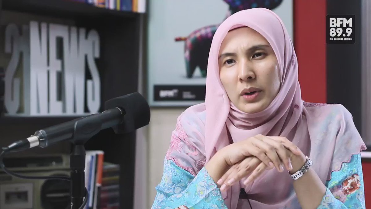 """What would PM Najib Razak resigning change?"" @n_izzah tells #BFMUncensored her thoughts about immunity for the PM https://t.co/QLwaejzMrX"