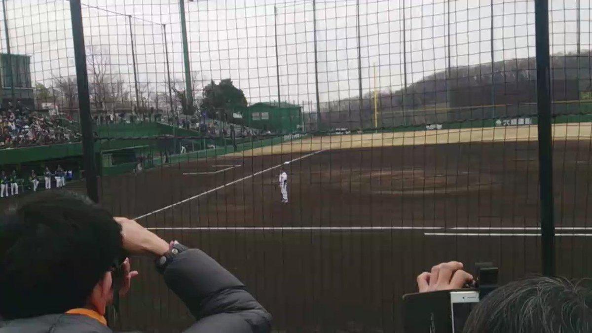 斎藤雅樹2軍監督が今回の一連の野球賭博関連の不祥事を謝罪する。 @ ジャイアンツ球場 #kyojin #giants https://t.co/om0Uc7FOt1