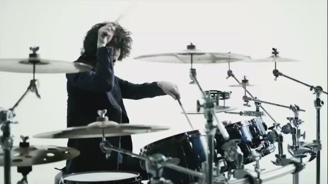 Nothing's Carved In Stone4/6(水)リリースNew Sg「In Future」のMUSIC VIDEOをオフィシャルyoutubeに公開しました!https://t.co/oOumGzhKmB https://t.co/oqX0G8CoHA