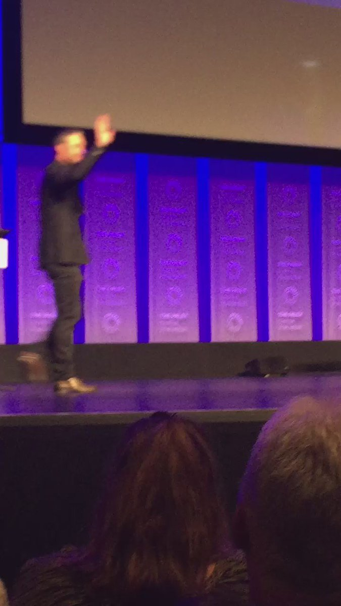 Big applause for @TaylorKinney111 #ChicagoFire #PaleyFest https://t.co/v2e5dGY8Mu