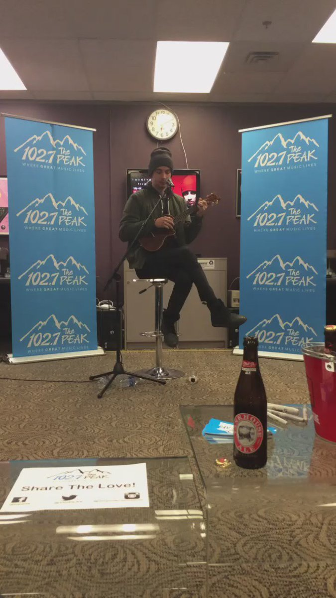 """""""We Don't Believe What's On TV"""" from @twentyonepilots about Tyler's wife. Charming us in our @MillStreetBrew studio. https://t.co/abq6jV8mqD"""