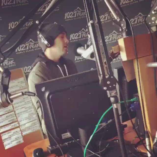 See Tyler from @twentyonepilots playing Stressed Out in our @millstreetbrew Studio on our Snapchat