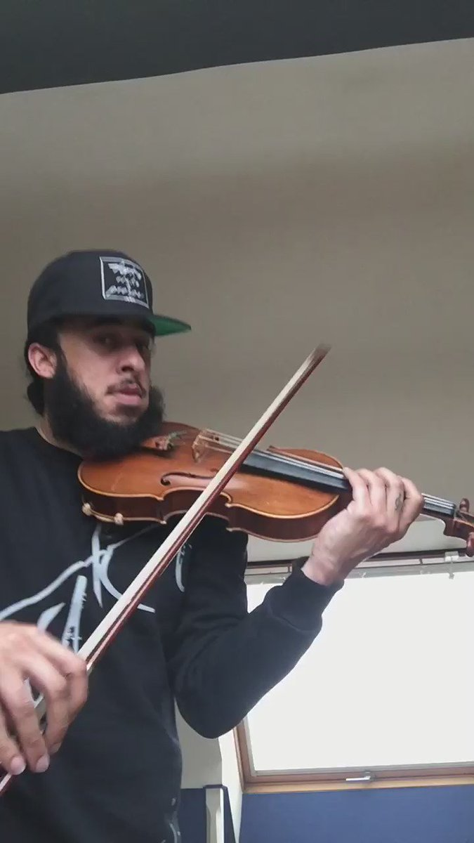 Playing Drake -One Dance...violin style:)...