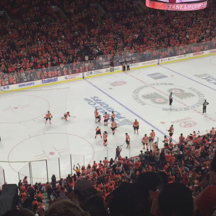 Standing ovation and a Let's Go Flyers chant. This team defied expectations and the future is bright. https://t.co/W9eBTX99Kw