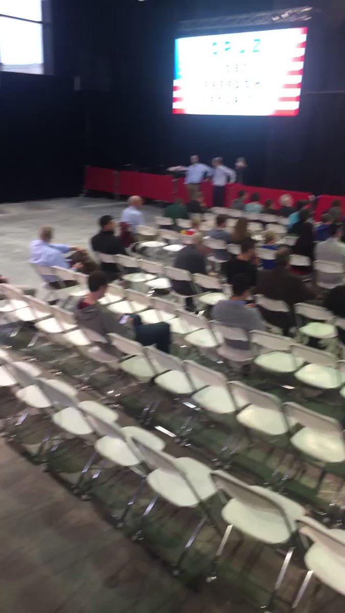 .@betsy_klein: This Cruz/Fiorina event starts in 15 minutes ... https://t.co/kK1UGPi2mI